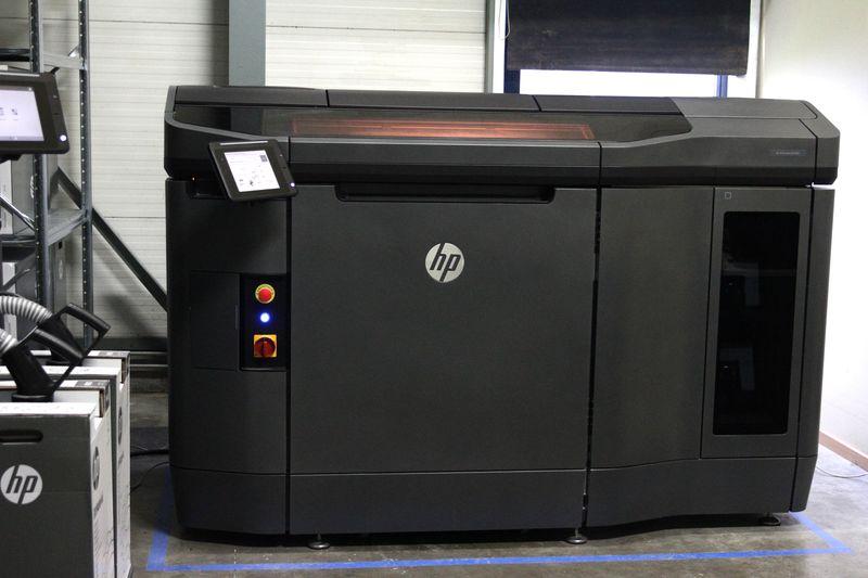 HP Jet Fusion 3D 4200 Printer