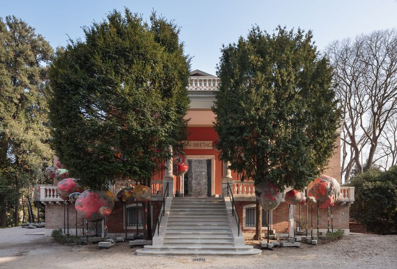 WEB 224 Phyllida Barlow British Pavilion, Venice