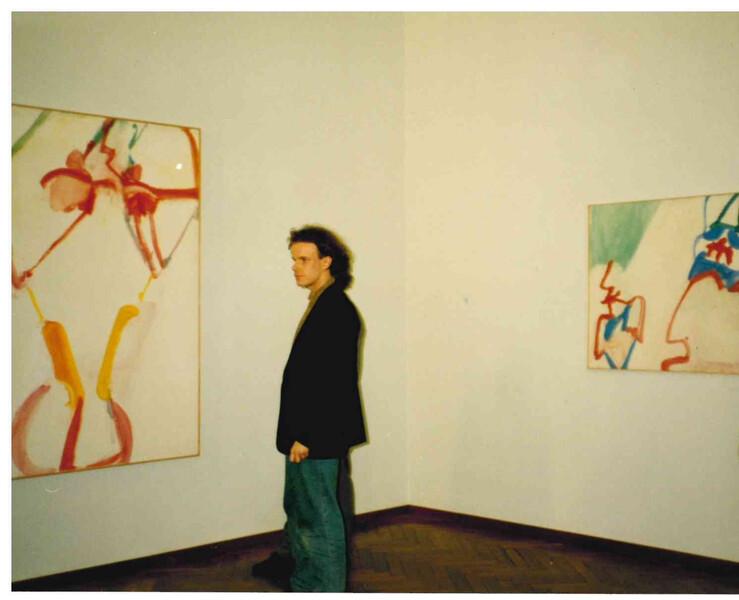 1994_Stedelijk_doc00774120180327130121_001_WICHTIG_crop Person rechts