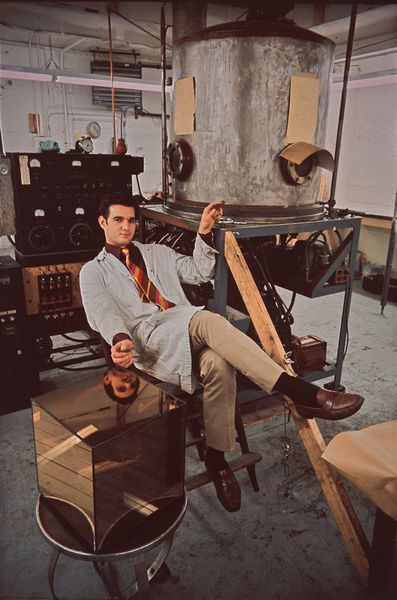 1966-Larry-Bell-NY