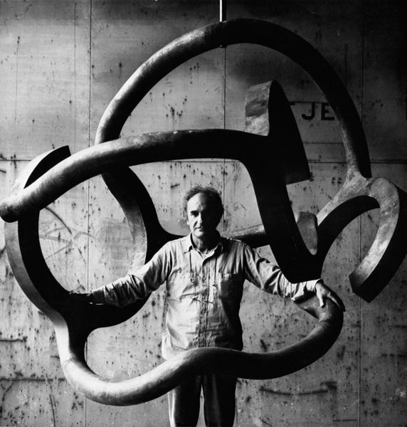 Eduardo Chillida with Homage to Calder at the Larraí±aga workshop in Lezo, 1979