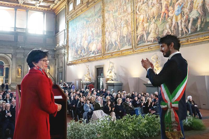Ursula Hauser and Tommaso Sacchi in the Sala dei Gigli, Palazzo Vecchio, Florence