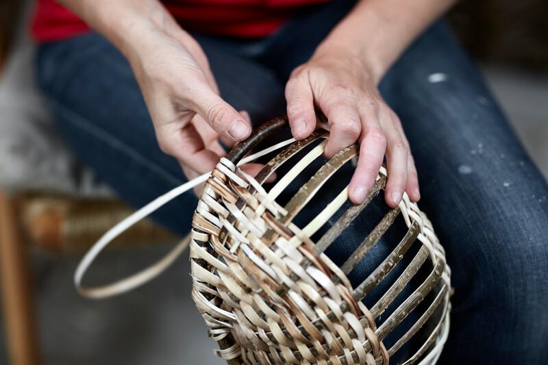 Weaving a hazel basket