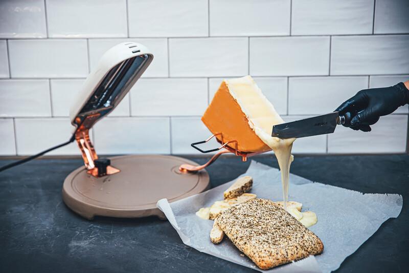 851502 concrete raclette quattro-1