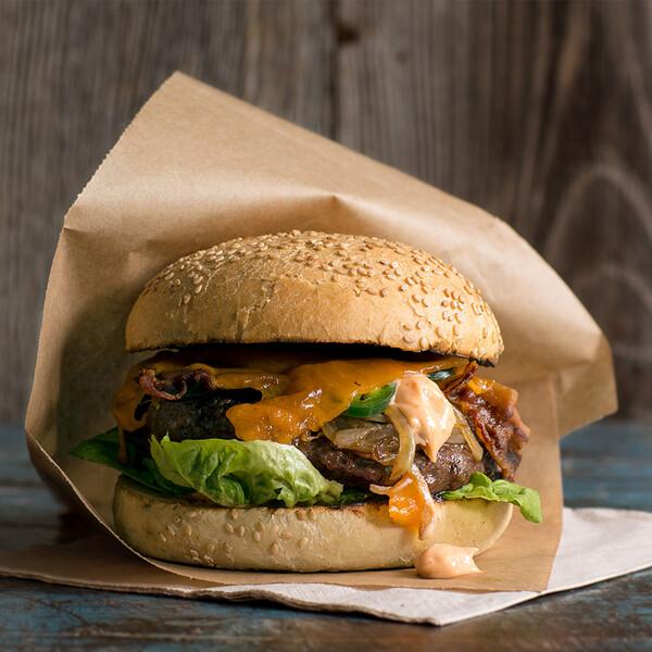 classic-hamburger-easy-BBQ-recipe-800x800